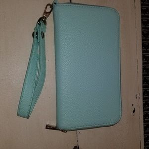 Thirty-one Jewell Leather Clutch
